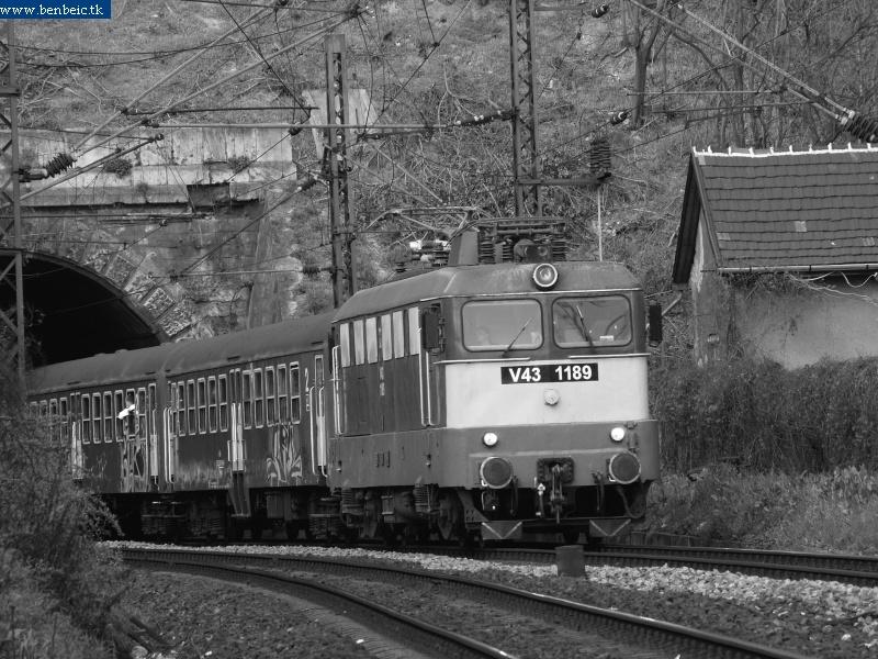 V43 1189 az alagútnál fotó