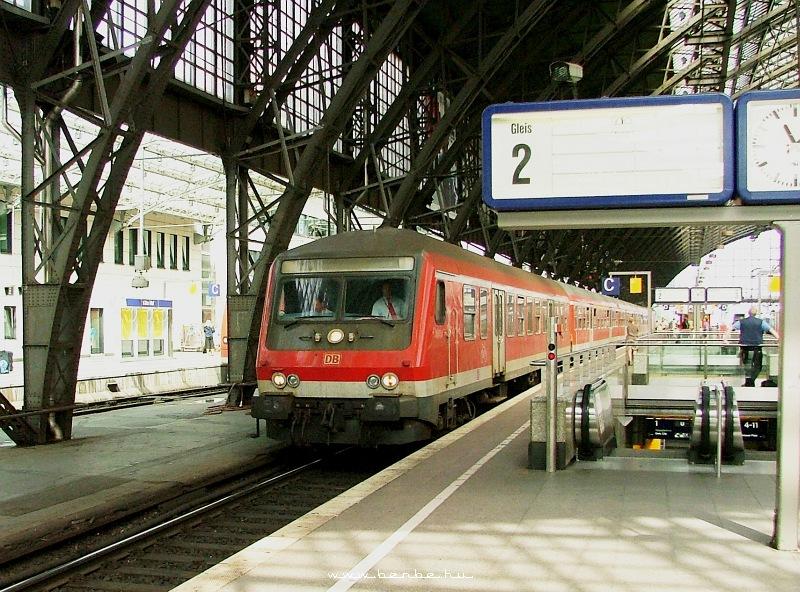 Piros halberstadti vezérlõkocsi Kölnben fotó