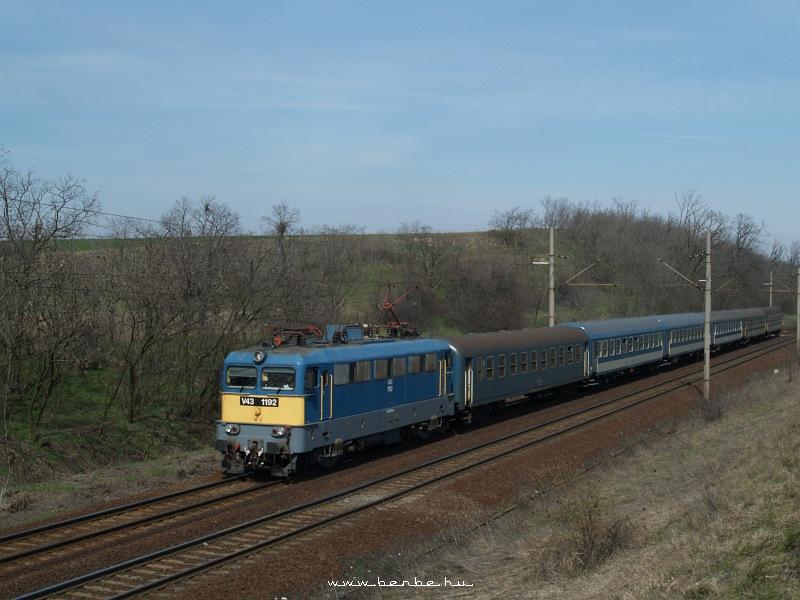 V43 1192 Baracskánál fotó