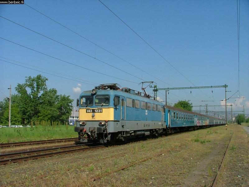 V43 1231 Budafok-Albertfalván fotó