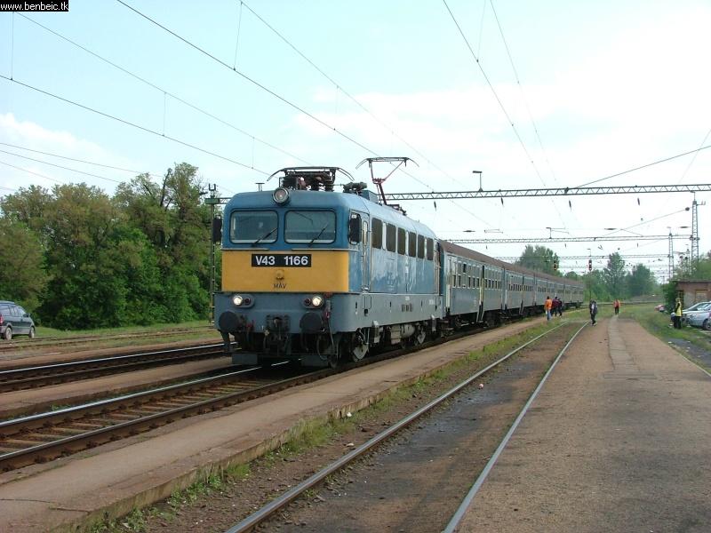 V43 1166 Martonvásáron fotó
