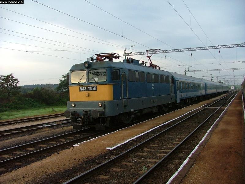 V43 1158 Hajmáskéren fotó
