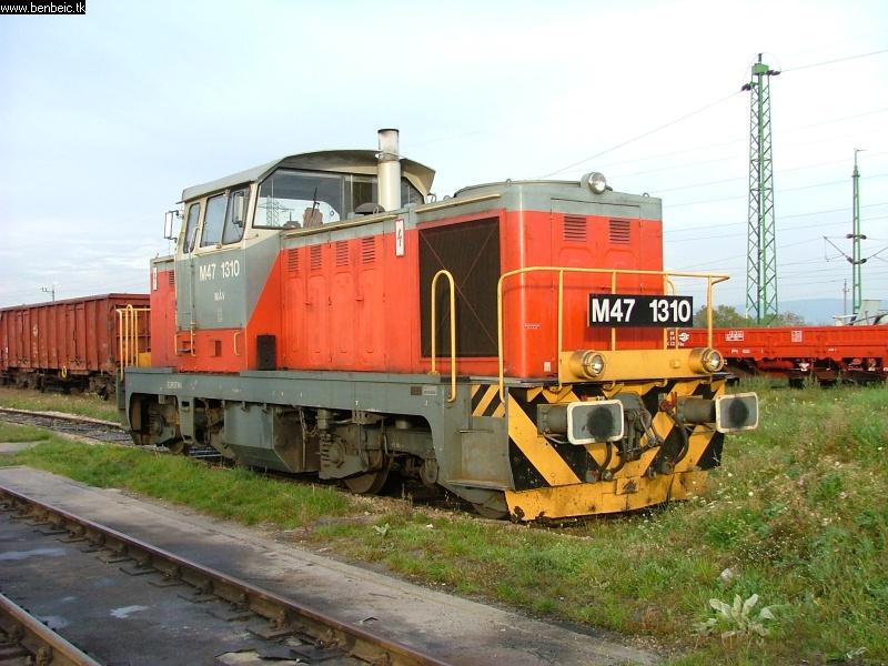 The M47 1310 at Veszprém station photo