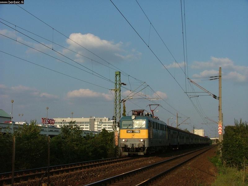 V43 1192 Budatéténynél fotó