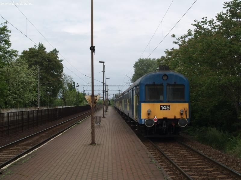 Csörgõ-vezérlõkocsi a szilis vonat végén Budafok-Belváros megállóhelyen fotó