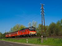 A MÁV-START MDmot 3038 Poroszló és Tiszafüred között - A Tisza-tó turzásán ballag az ősöreg motorvonat ekkor már Füzesabony és Debrecen között, holott volt itt menetrendileg normális, Eger-Fehérgyarmat vonat is. Ma is csak annak lenne értelme.