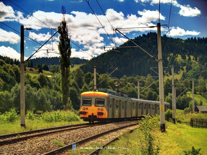 Ismeretlen pályaszámú ex-francia motorvonat Vámfalu és Kimpolung között fotó