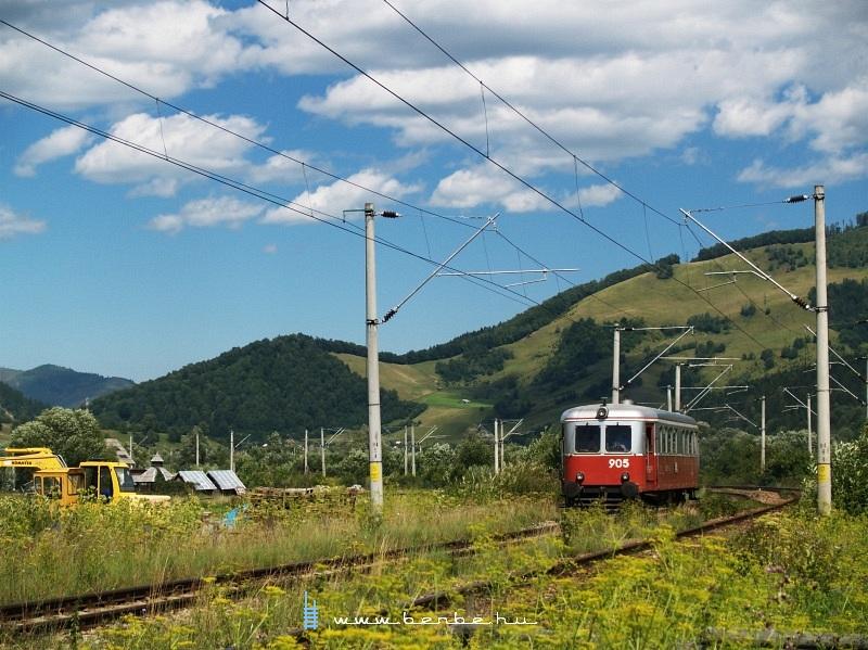 A 905-ös Malaxa Vámfalu és Kimpolung között fotó