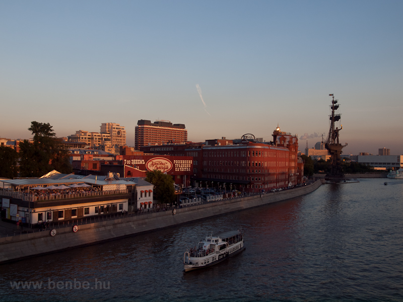 The Moscow river picture