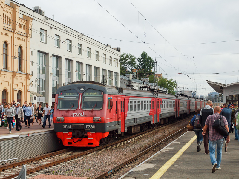 The RŽD ED4M 0360 seen photo