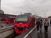 Az RŽD ET4A 002 és az ET2 015 Szentpétervár Baltyijszkíj pályaudvaron