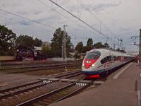 Az RŽD E M 725-39 és az EVSz1-06 Tver állomáson