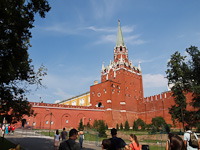 The entrance of the Kremlin from the direction of the Alexander gardens