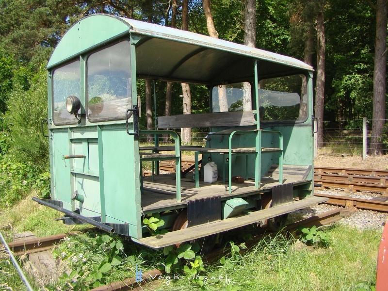Szintén egy érdekes vasúti jármű. Vajon mire használhatták? fotó