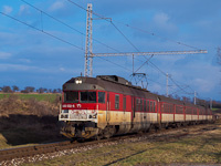 The ŽSSK 460 032-6 seen at Osztópatak-Szentmihályfalva (ŠariŠské Micha¾any)