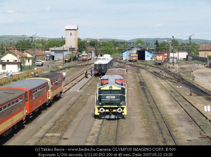 The M32 2040 and many others at Balassagyarmat photo