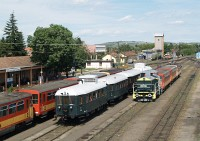 Our BCmot train at Balassagyarmat (and M32 2040)