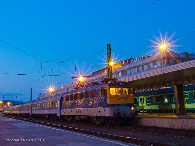 V43 3245 Budapest-Déli pály fotó
