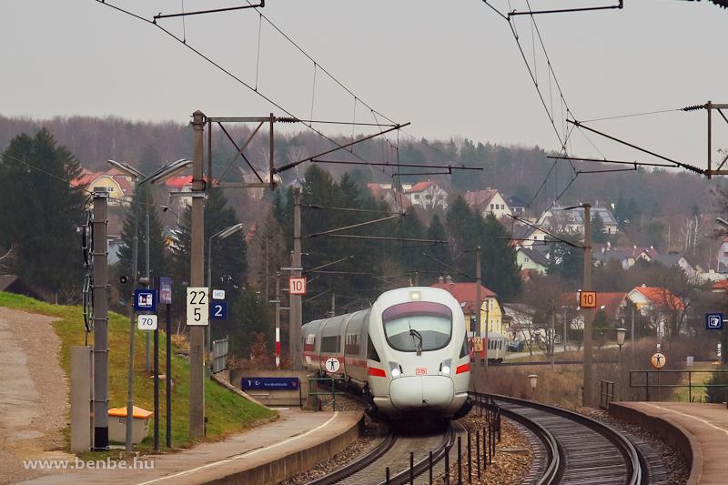Egy ICE-T szerelvény Dürrwiennél fotó