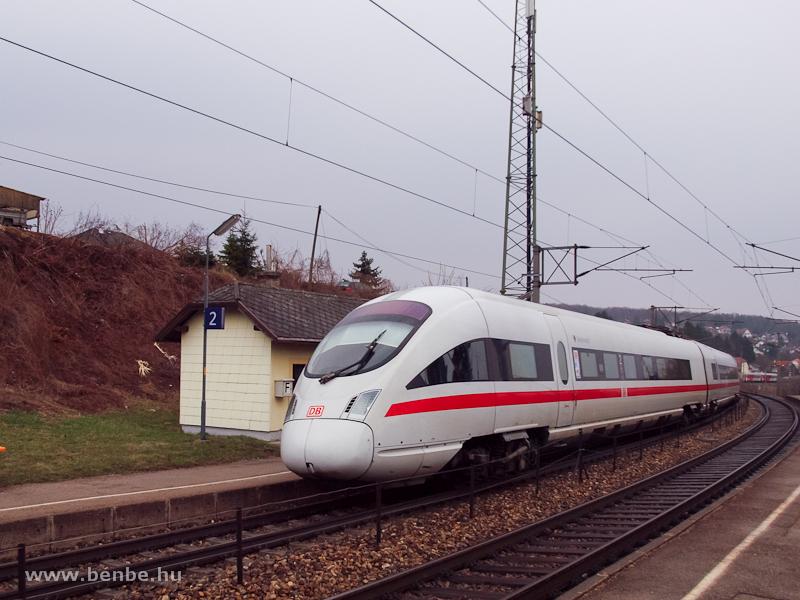 A DB 411 1161 Andernach ICE-T nagysebességű motorvonata Dürrwiennél fotó