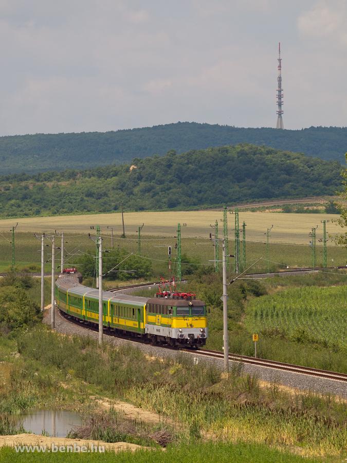 A GYSEV V43 334 Harka és Kó fotó