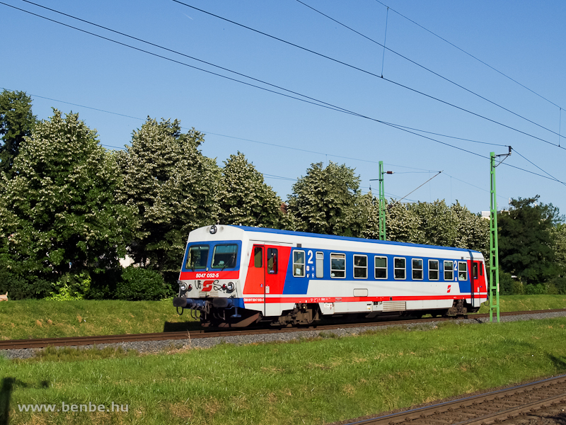Az ÖBB 5047 052-5 Sopron-GYSEV bejáratán Bécsújhely felől fotó