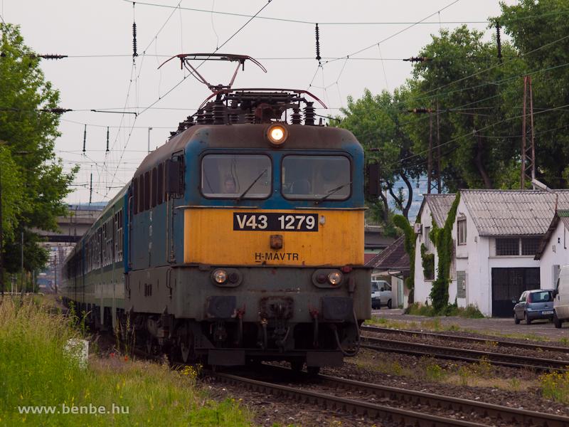 V43 1279 Rákosrendezőn fotó
