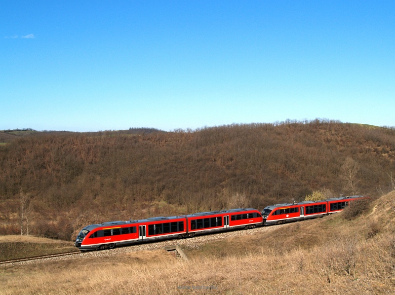 A Desiro between Piliscsév and Pilisjászfalu photo
