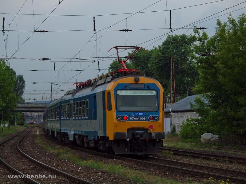 A MÁV-START BDVmot 009 Rákosrendező és Budapest-Nyugati között fotó