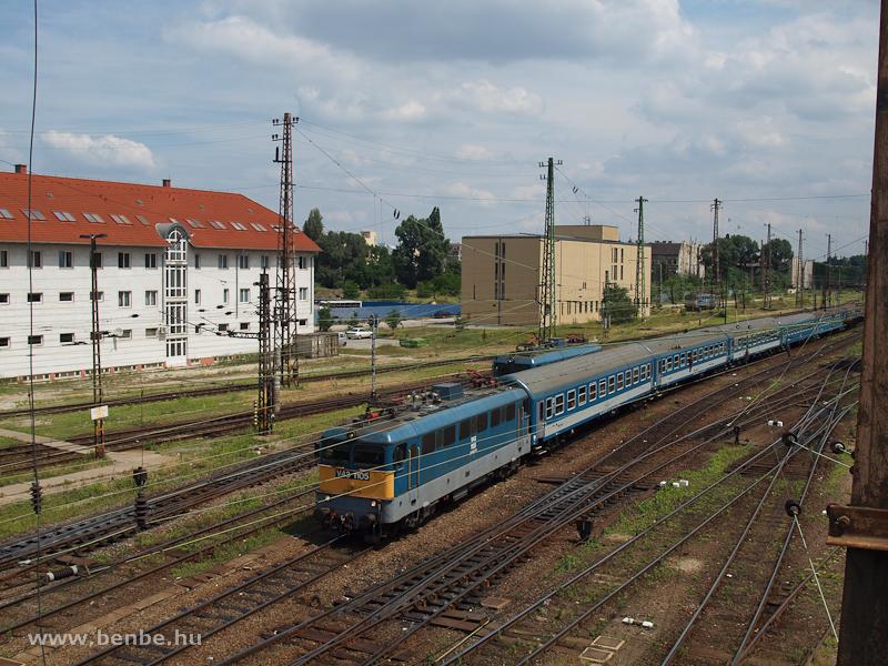 V43 1105 Budapest-Nyugati p fotó