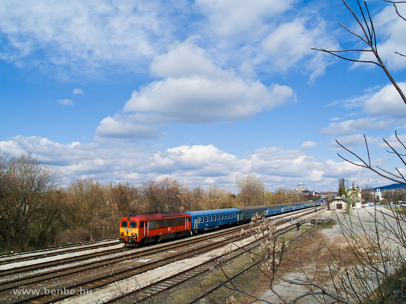 The M41 2202 at Esztergom photo