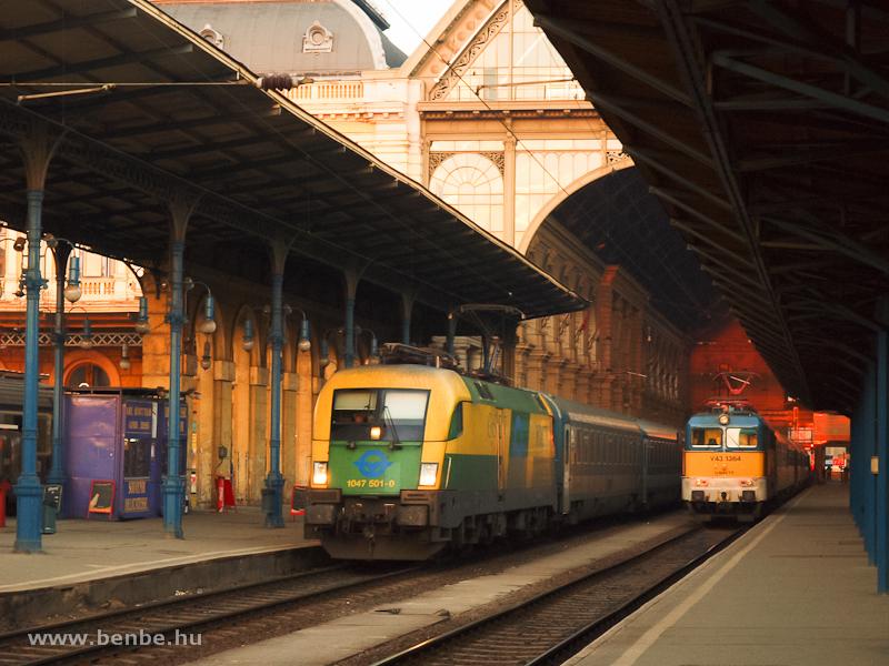 1047 501-0 és V43 1364 Buda fotó