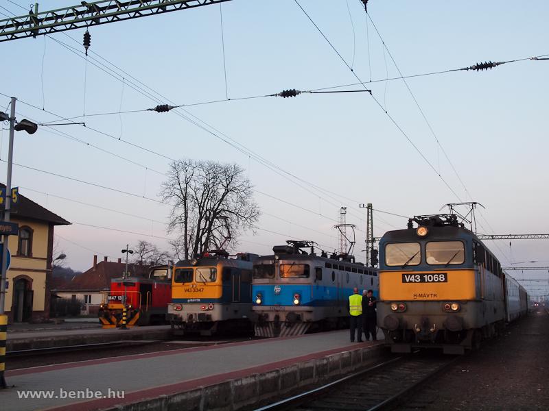 V43 1068, 1141 010, V43 334 fotó