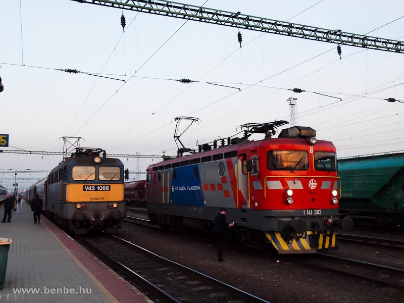 V43 1068 és 1141 303 Gyékényesen fotó