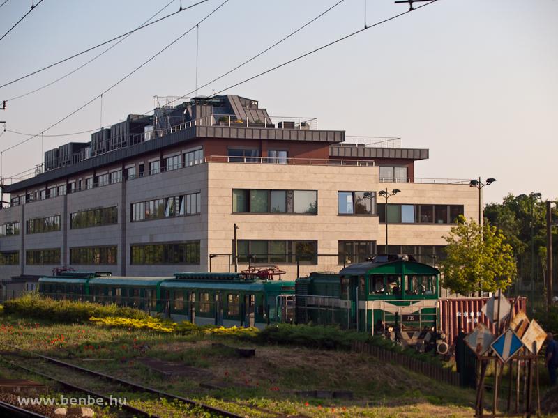 A BKV HÉV 735 pályaszámú Bo fotó
