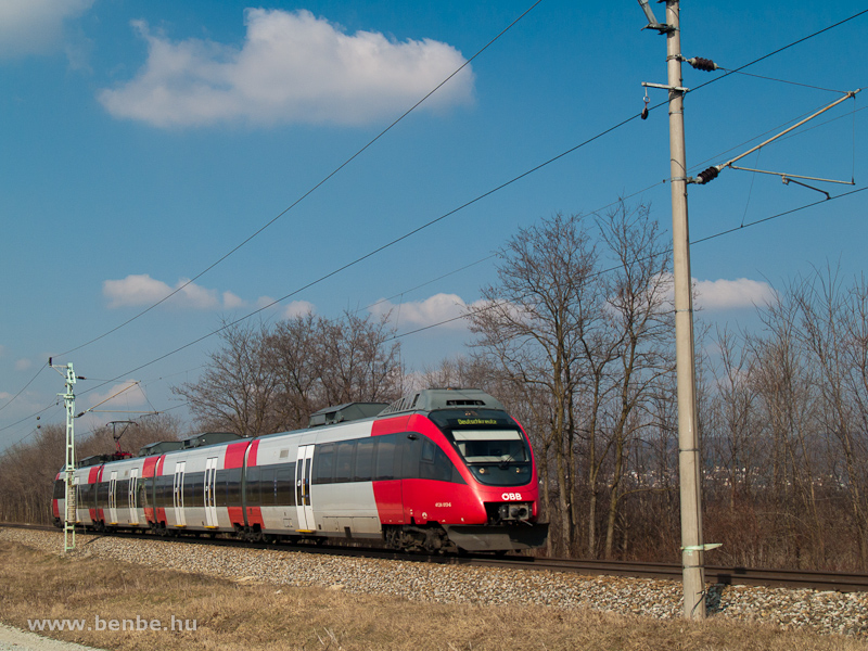 The ÖBB 4124 013-6 seen near Wulkaprodersdorf photo