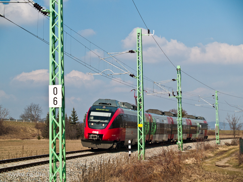 The ÖBB 4124 014-4 at Wulkaprodersdorf photo