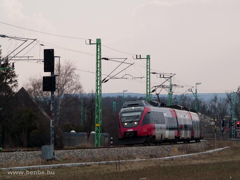 Az ÖBB 4124 003-7 Talent indul Vulkapordányból Nezsiderbe (Neusiedl am See) fotó