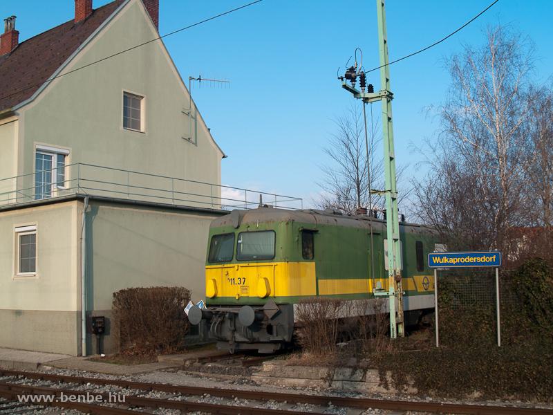 Egy volt ÖBB 1146-os szolgáltatja a villamos előfűtést Wulkaprodersdorfban fotó