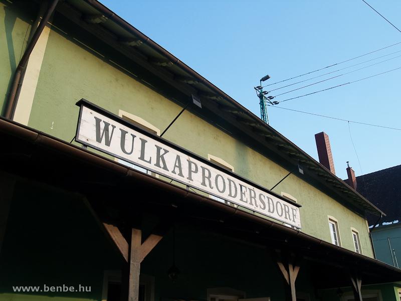 Wulkaprodersdorf állomás névtáblája fotó