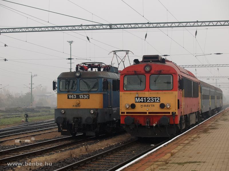 V43 1336 és M41 2312 Veszprémben fotó