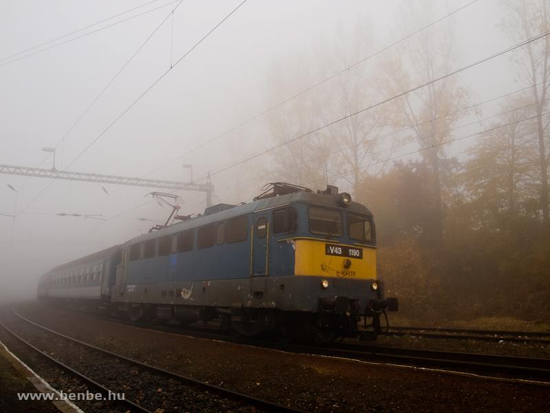 The V43 1190 at Szentgál photo