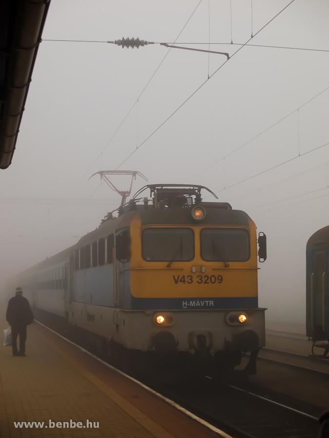 V43 3209 Veszprémben fotó