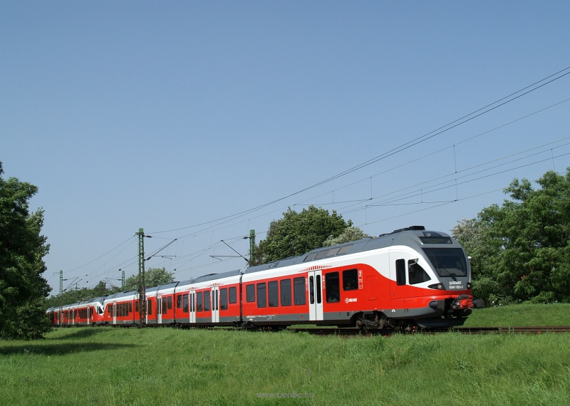 The 5341 051 at Káposztásmegyer photo