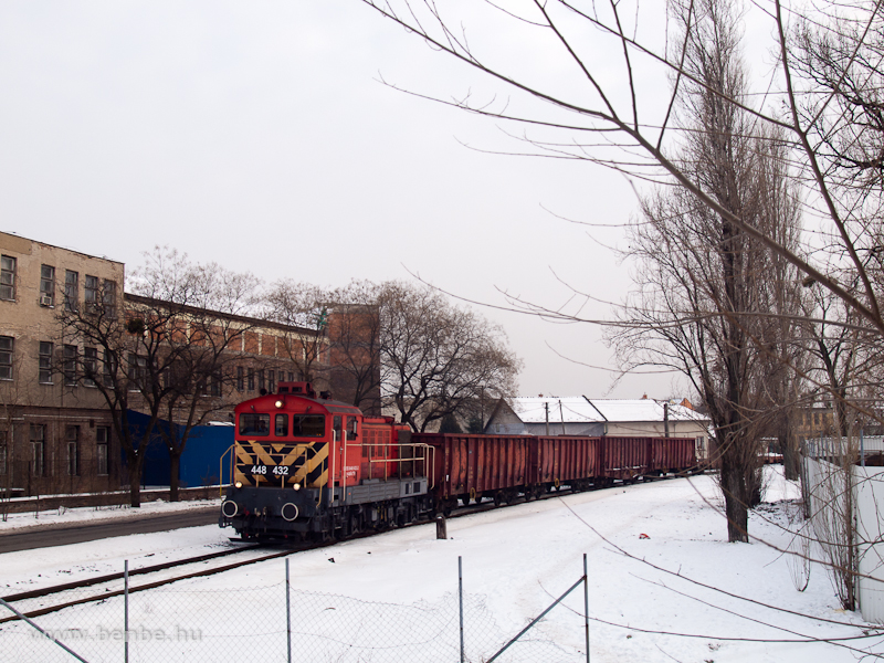 The 448 432 at Kispest photo
