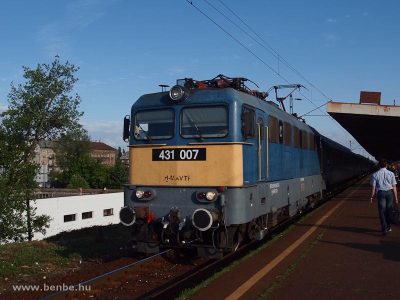 A 431 007, az utols� Krupp-mozdony Zugl�ban fot�