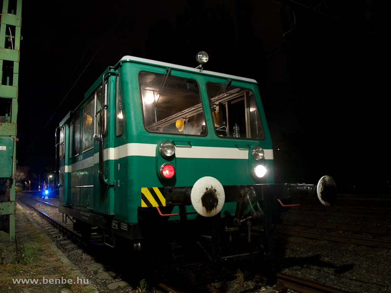 A track maintenance vehicle that came from the Metró lines - it's still equipped with the IFA engines photo