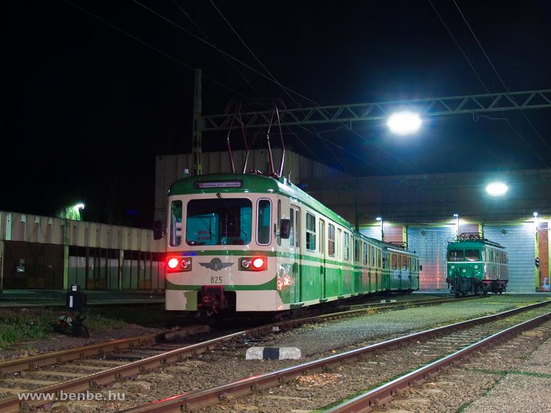 Az LVII 85 pályaszámú Tigris mozdony és az MIX/A 825 pályaszámú  Csinos  motorvonat Szentendrén fotó