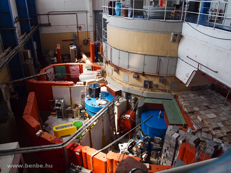 The research reactor of the Central Physics Research Centre at Csillebérc photo
