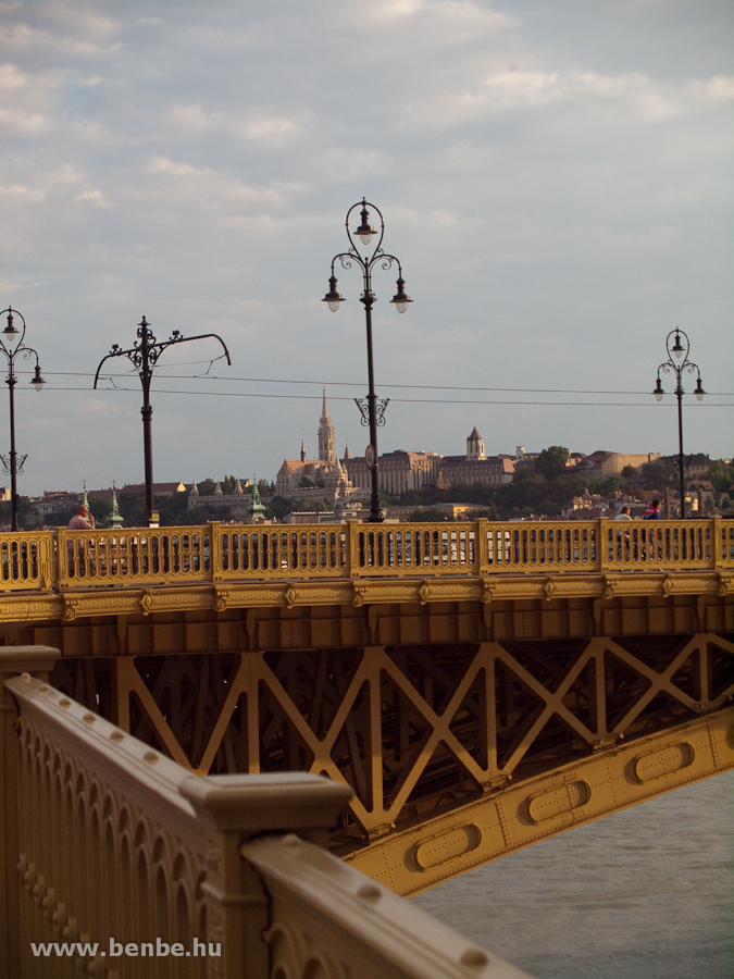 A Mátyás templom és a Margit-híd fotó